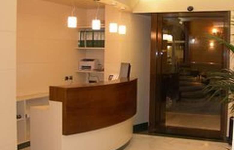 Crosti Hotel & Residence - General - 1
