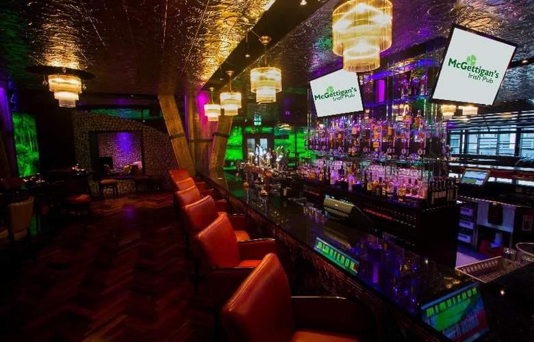 Limerick City - Bar - 3
