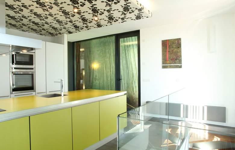 Apartamentos Just Style - Room - 5