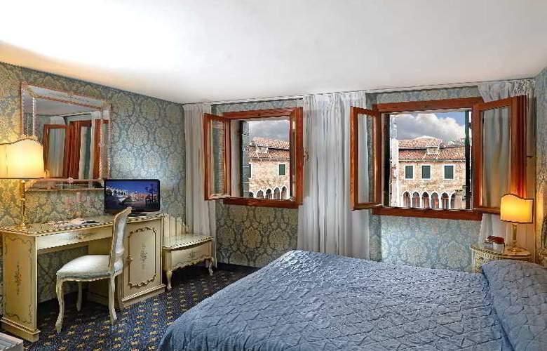 Rialto - Room - 13