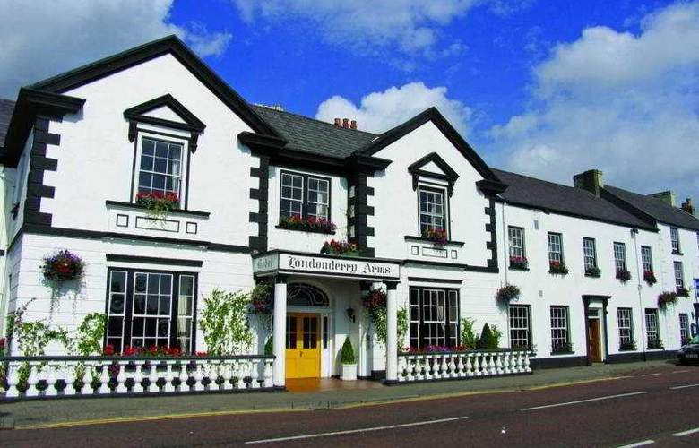 Londonderry Arms Hotel - Hotel - 0
