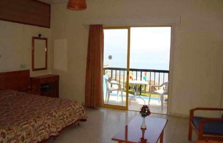 Evalena Beach Hotel Apts - Room - 11