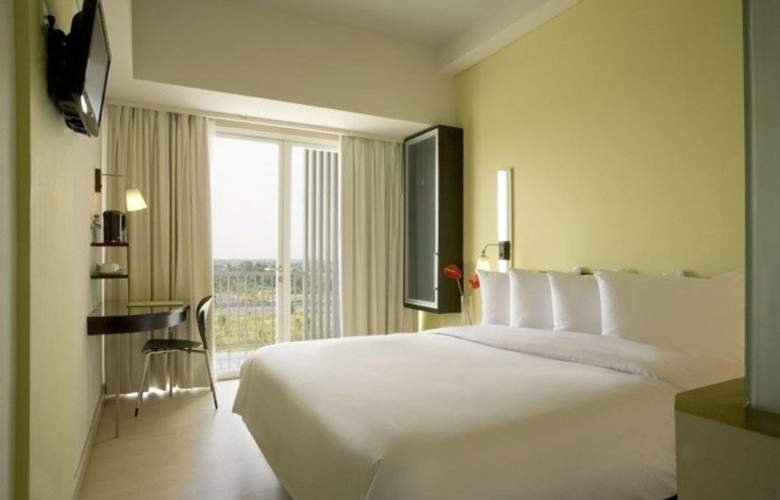 Santika  BSD City Serpong - Room - 8