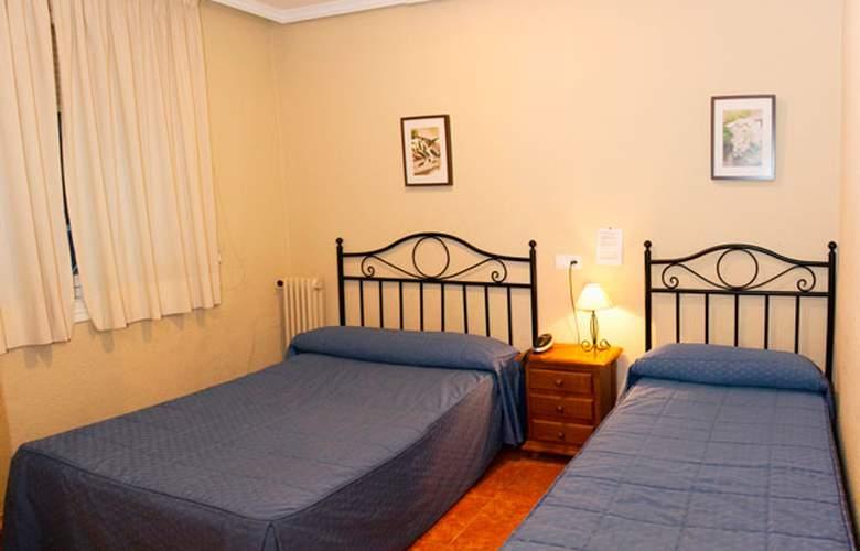 El Pilar - Room - 9