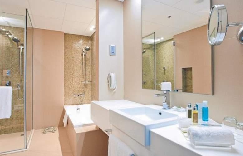 Cosmopolitan Hotel Dubai - Room - 5