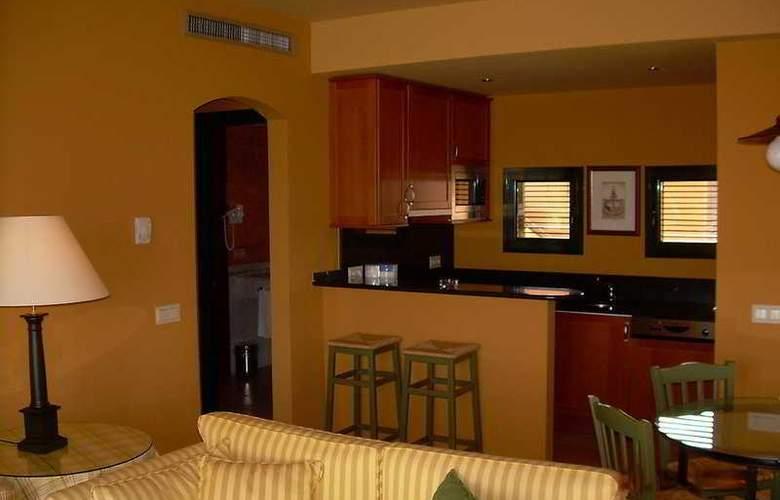 Suites Vila Birdie - TorreMirona - Room - 5