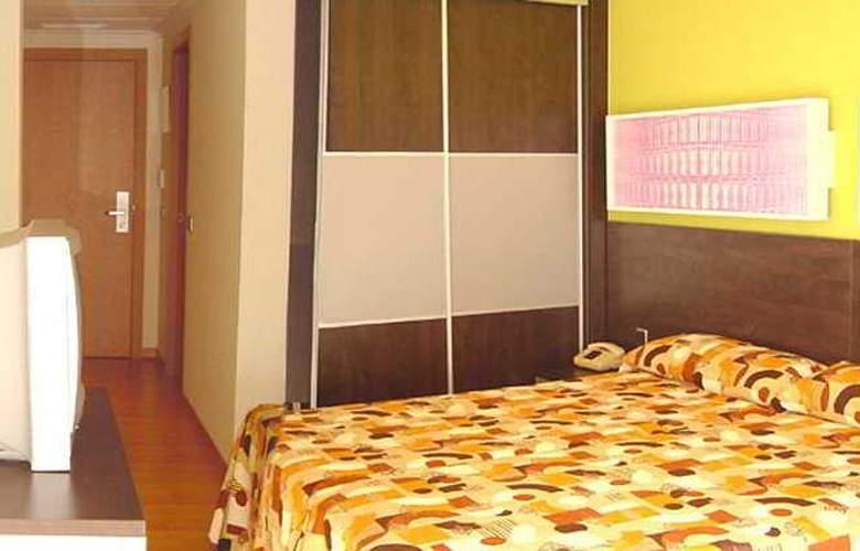 Sol y Sombra - Room - 1