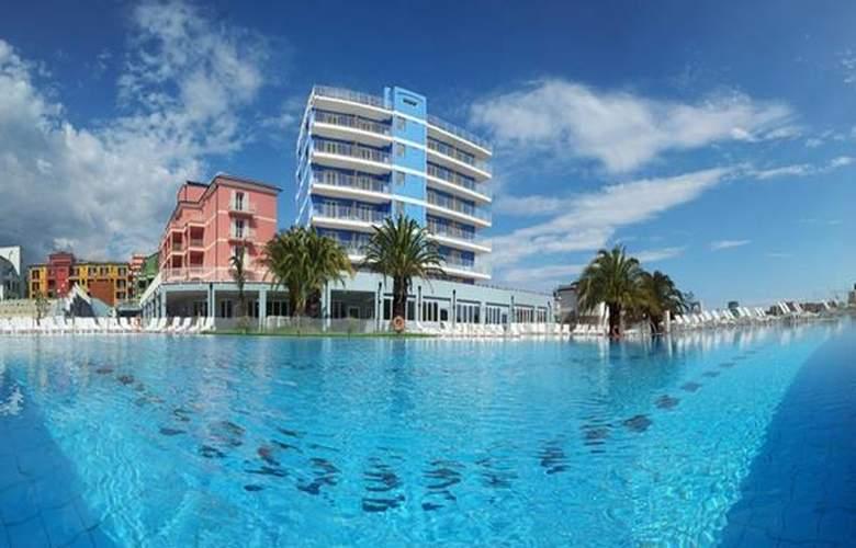 Ai Pozzi Village Spa & Resort - Hotel - 0