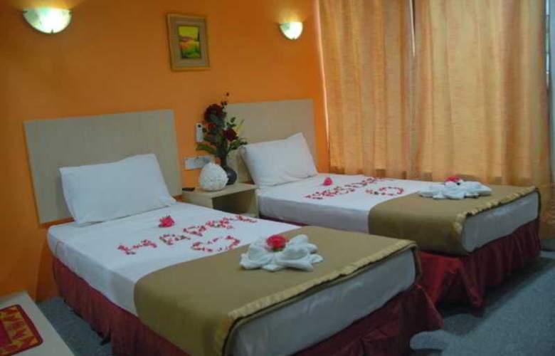 Starcastle Golden Palace Hotel - Room - 7