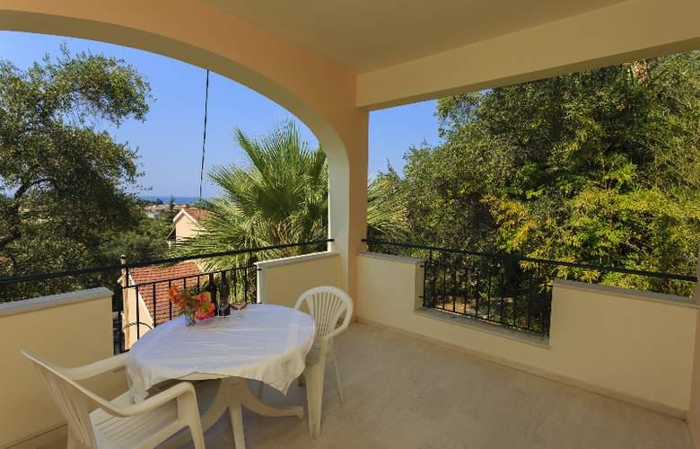 Sun Apartments - Terrace - 8