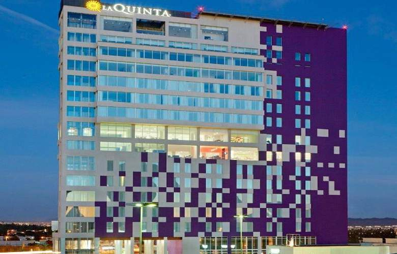 La Quinta Inn & Suites Puebla Palmas - Hotel - 0