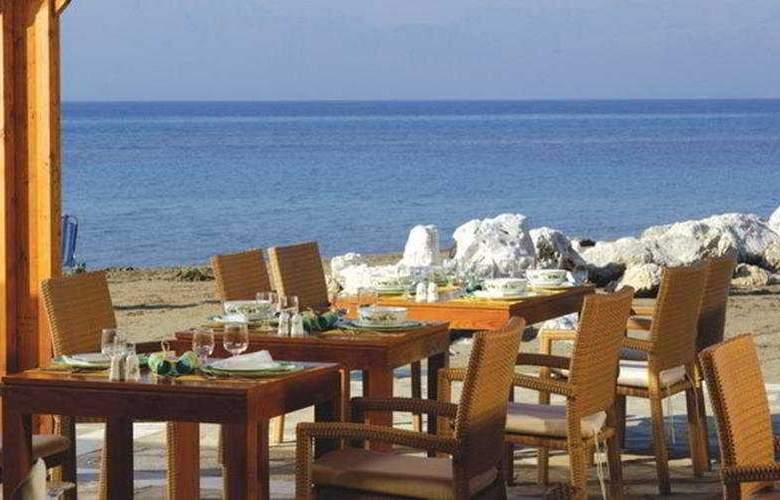 Mitsis Roda Beach Resort & Spa - Restaurant - 5