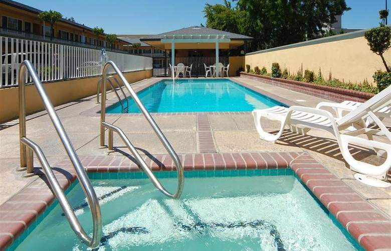 Best Western Townhouse Lodge - Pool - 42