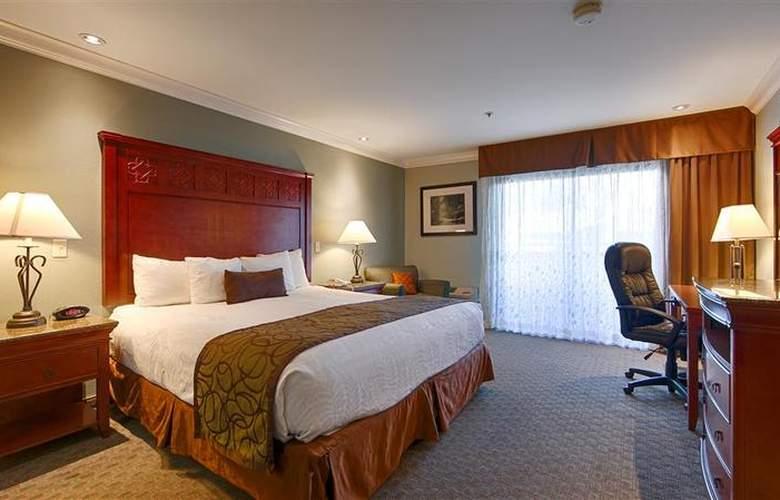 Best Western Plus Forest Park Inn - Room - 22