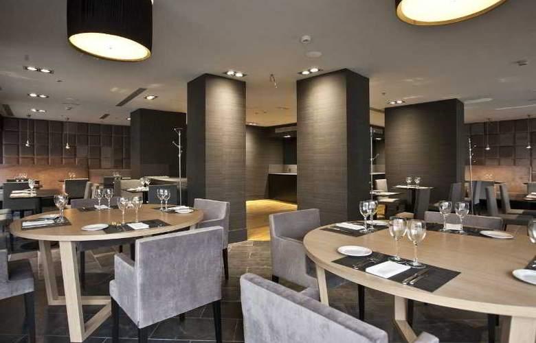 Zenit Vigo - Restaurant - 15