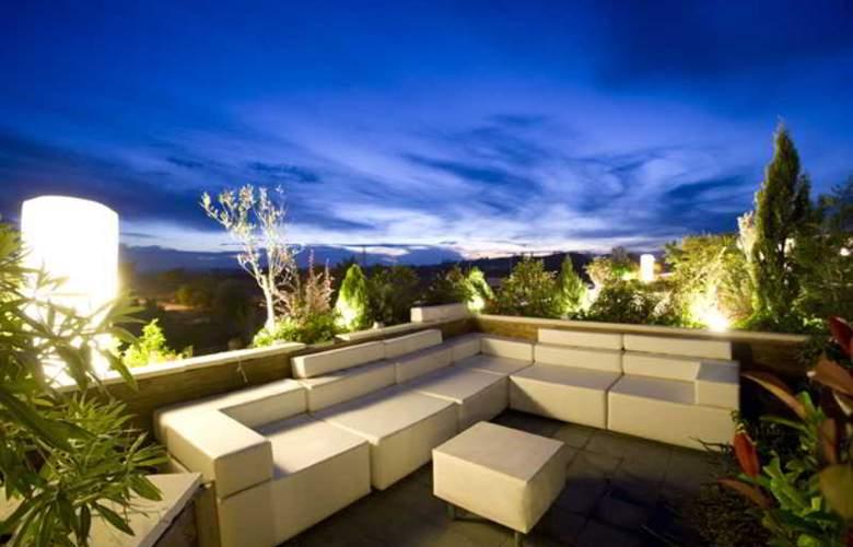 Nastasi Hotel & SPA - Terrace - 14