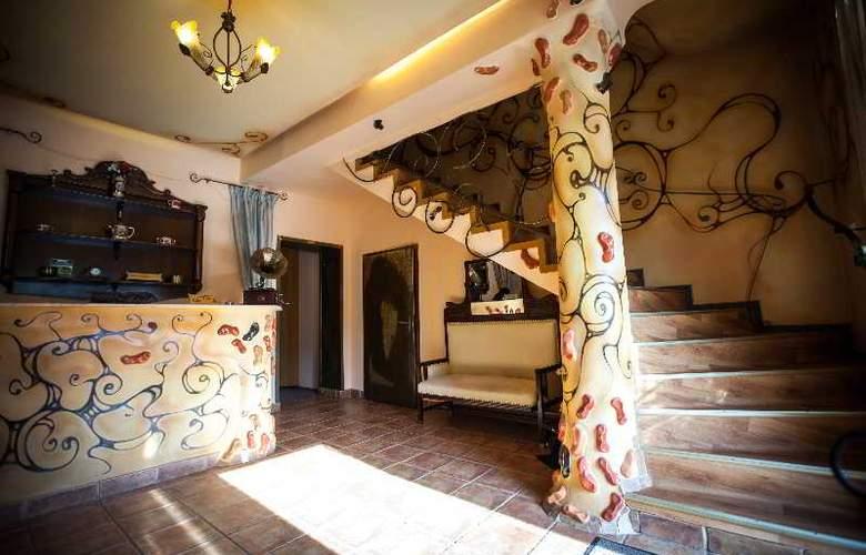 Deja Vu Villa - Hotel - 6