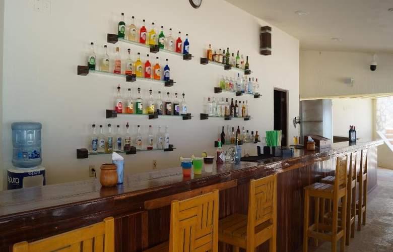 Solymar Beach Resort - Bar - 21
