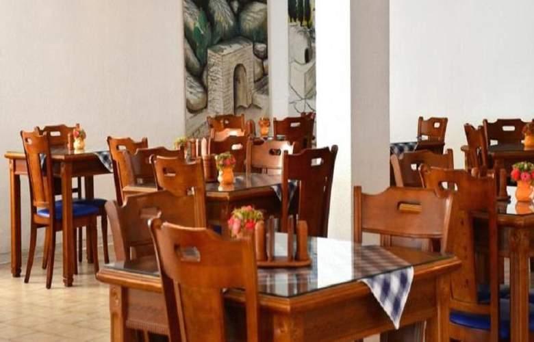 Larco Hotel - Restaurant - 8