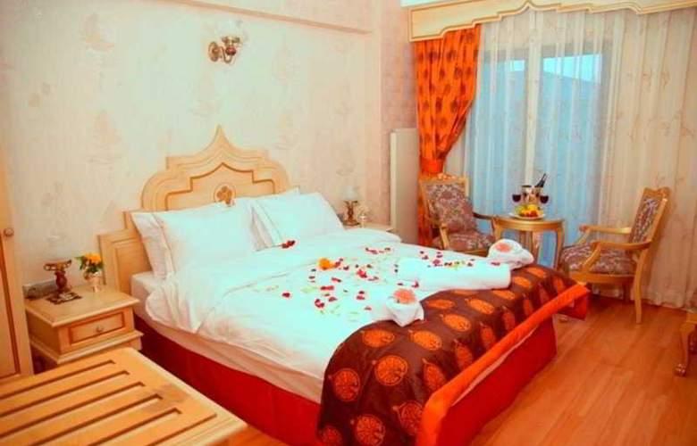 Saba Sultan - Room - 3