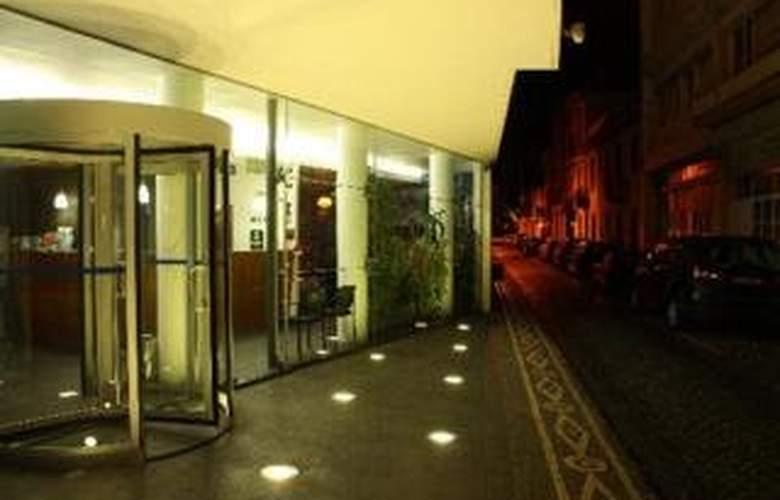 Comfort Inn Hotel - Hotel - 0