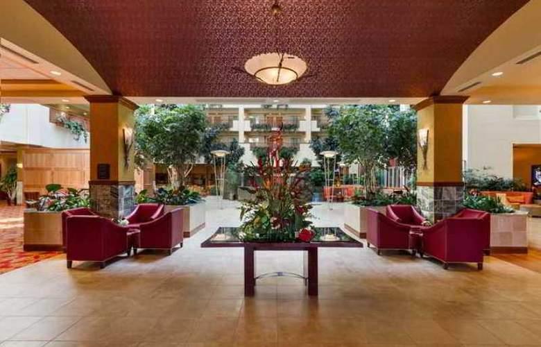 Embassy Suites Northwest Arkansas - Hotel - 9