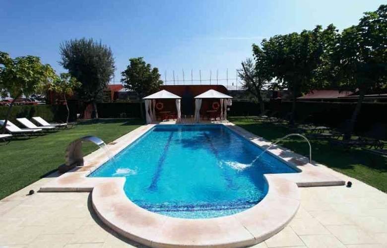 Palacio de la Serna - Pool - 2