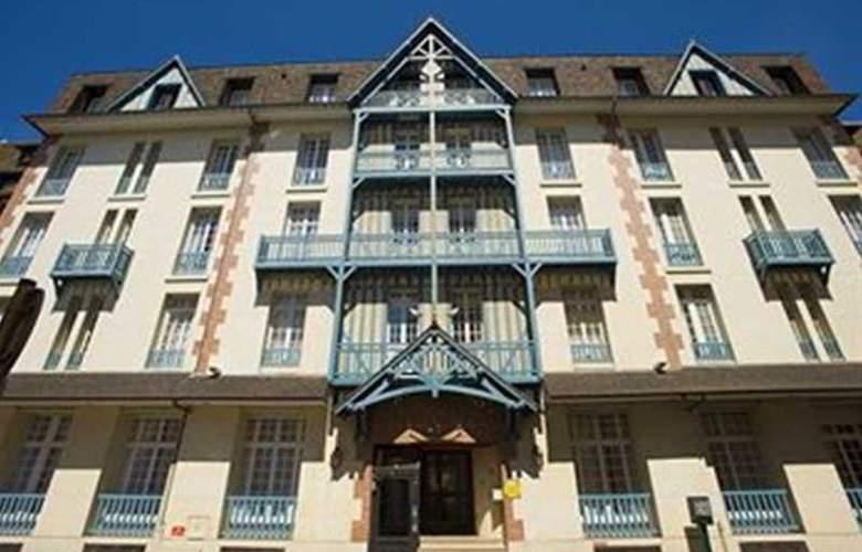 Residence Pierre et Vacances Le Castel Normand - Hotel - 0