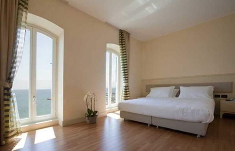 CH Hotel Del Golfo - Room - 2
