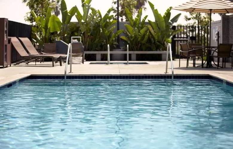 Hyatt Place Manatí - Pool - 3