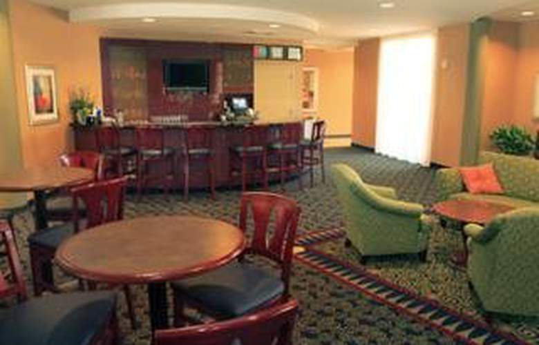 Courtyard By Marriott -Boise West Meridian - Bar - 3