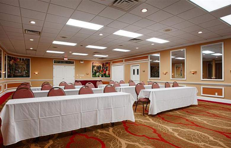 Best Western Green Bay Inn Conference Center - Sport - 125