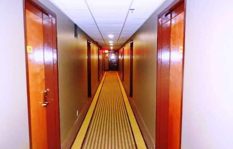 Super 8 Jamaica North Conduit Avenue - Hotel - 6