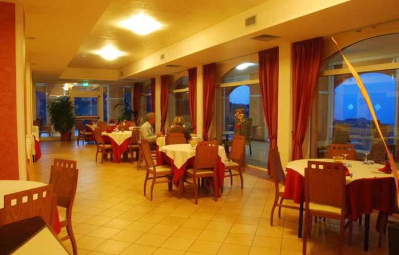 Villa Susanna Degli Ulivi Hotel - Restaurant - 5