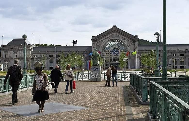 Ibis Charleroi Centre Gare - Hotel - 4
