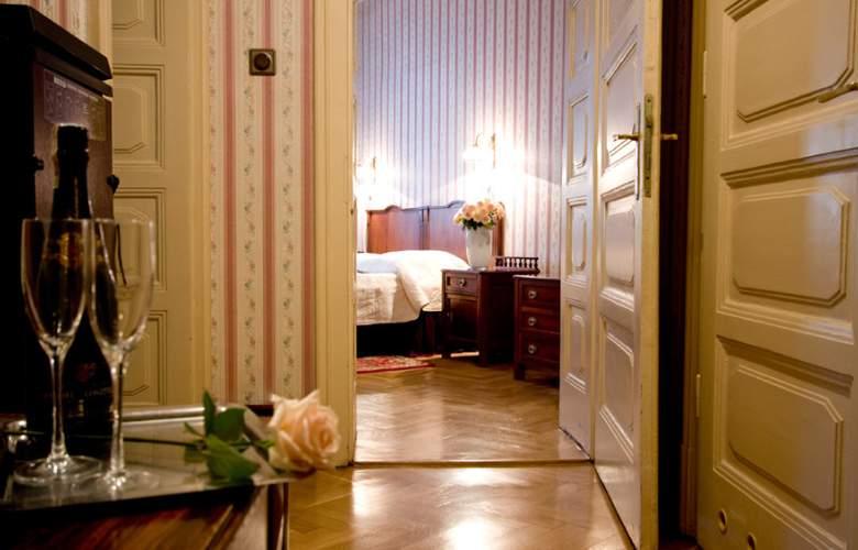 Francuski - Room - 15