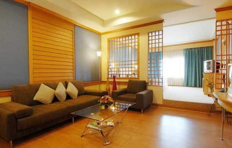 Suriwongse Tower Inn - Room - 8