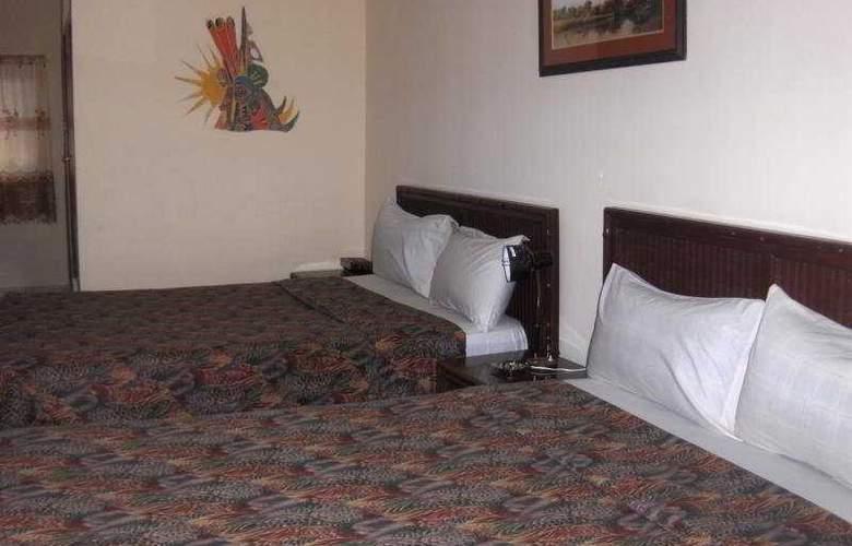 Holiday Beach Resort - Room - 1