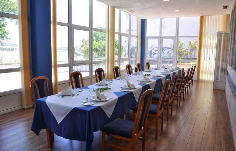 Crunia - Restaurant - 9