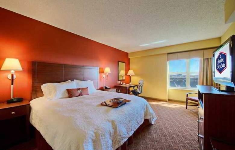 Hampton Inn & Suites Oklahoma City-Bricktown - Room - 6