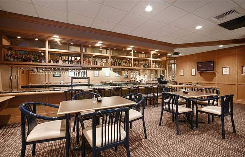Best Western Plus Coeur D´Alene Inn - Bar - 74