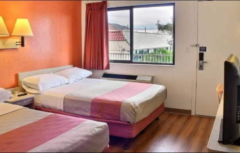 Motel 6 San Luis Obispo North - Room - 9