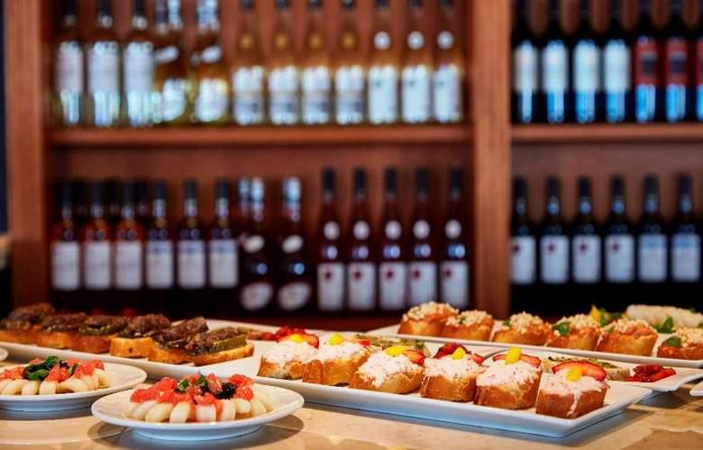 Prinsotel La Caleta - Restaurant - 69