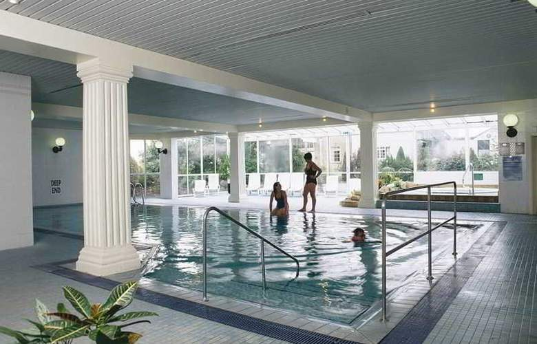 Tewkesbury Park Hotel, Golf & Country Club - Pool - 2