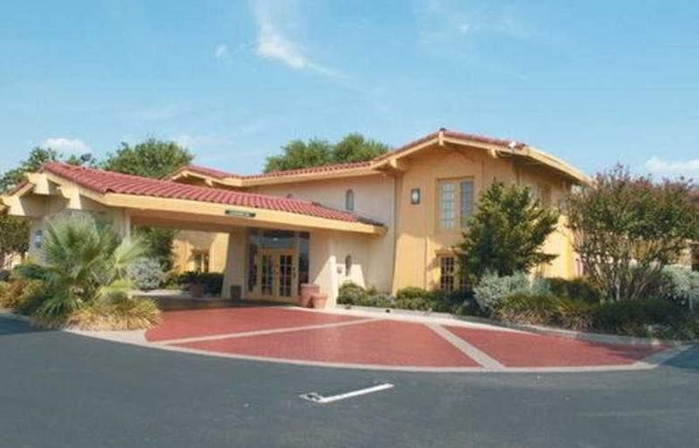 La Quinta Inn Austin Oltorf - Hotel - 0