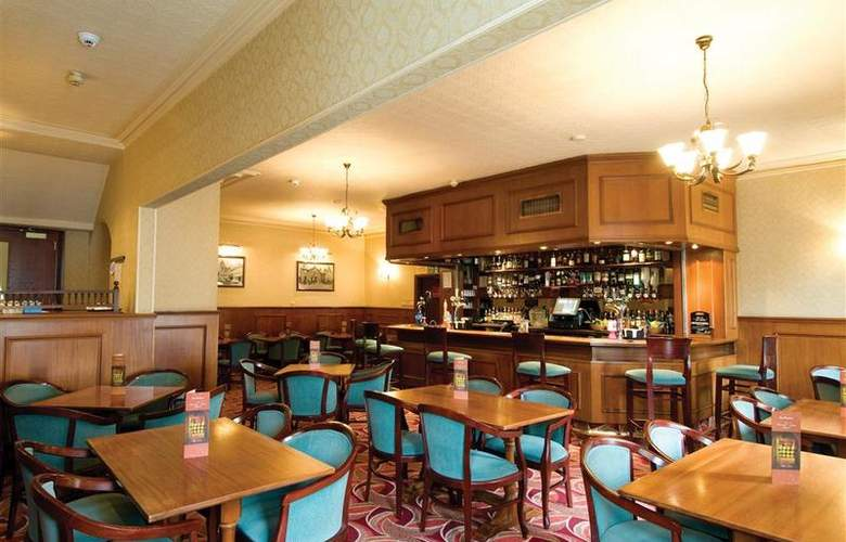 Best Western Burnett Arms - Restaurant - 35