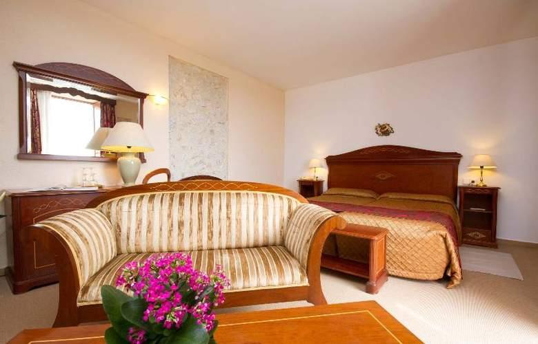 Monnaber Nou Spa, EcoHotel & Restaurante - Room - 25