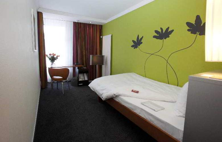 Basel - Room - 5