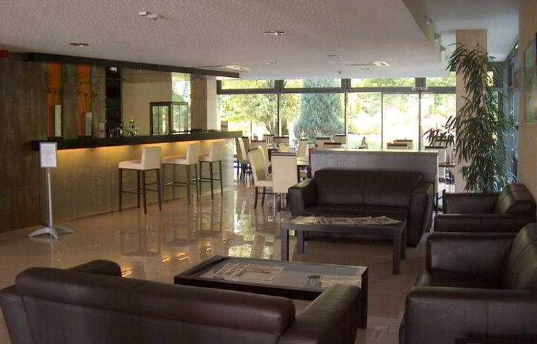 Rubin Wellness & Conference Hotel - Bar - 6