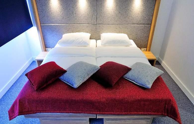 Rebro Hotel - Room - 17